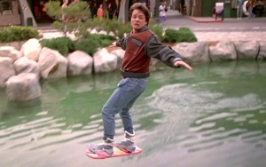 back-to-the-future-hoverboard-ftr1